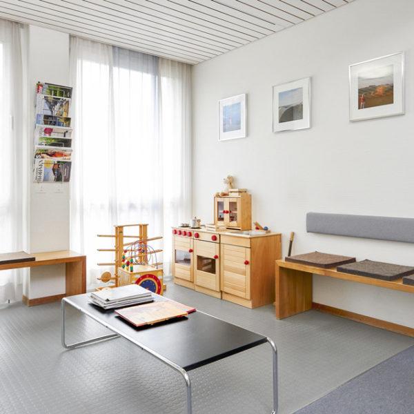 Wartezimmer der Frauenarztpraxis in Winterthur